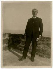 Scalarini confinato a Ustica nel 1927.