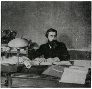 Scalarini at his desk in the Avanti! editorial office, 1905.